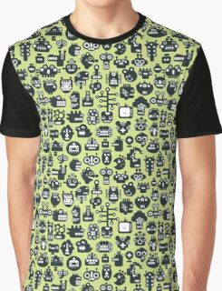 Robots faces green. Graphic T-Shirt