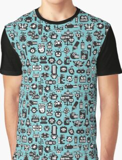 Robots faces blue. Graphic T-Shirt
