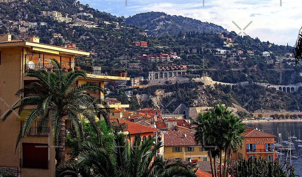 Villefranche by Tom Gomez