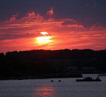 Sunset on Narragansett Bay 2 by reendan