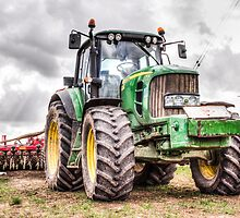 Tractor 2 by Ian Hufton