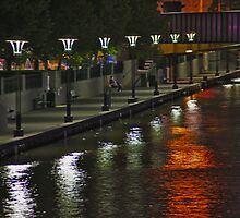 Yarra River Quai by phil decocco