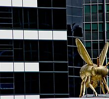 Bumble Bee Building by phil decocco