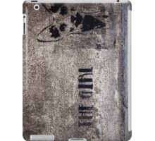 The Girl - graffiti iPad Case/Skin