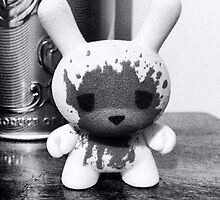 Kidrobot Dunny Luke Cheuh figure black and white by crustyjusty