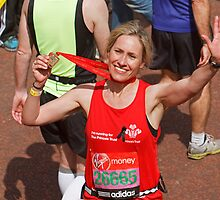 Sophie Raworth from BBC Breakfast finishing the London Marathon by Keith Larby