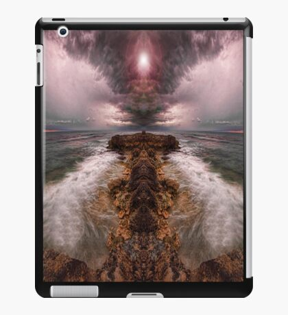 Isla Mirror iPad Case/Skin