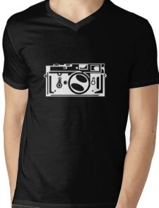 Classic Leica M3 Camera Design WHITE INK for DARK TEES Mens V-Neck T-Shirt