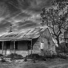 The old house  by Jessy Willemse