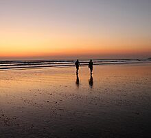 Wandering on the Waves of Sunset by rltbevan