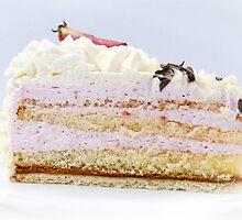 Strawberry Cream Cake by Vac1