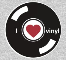 I Love Vinyl by HOTDJGEAR