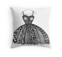 The dress Throw Pillow
