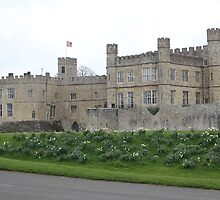 leeds castle in bloom by Martynb