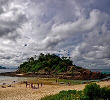 Seal Rocks No. 1 Beach by PaulHollins