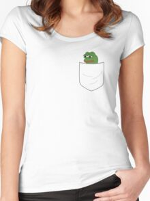 pocket pepe Women's Fitted Scoop T-Shirt