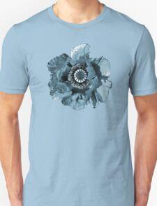 BLUE GREY POPPY   TEE/BABY GROW/STICKER T-Shirt