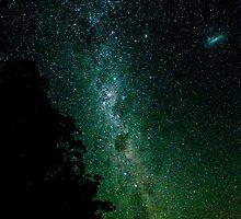 Southern Hemisphere Nightsky. by Kathy Behrendt