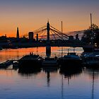 Thames Sunrise: London. by DonDavisUK