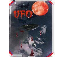 UFO IN THE SKY iPad Case/Skin