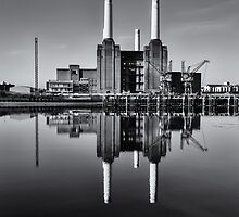 Battersea Power Station (England) Mono by Stuart  Gennery