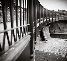 Hungerford Footbridge England by mlphoto