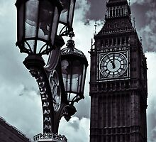 London, heart. by Federica Dell'Isola