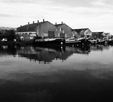 Gravesend Canal Basin by brianfuller75
