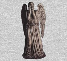 Weeping Angel Statue by Marjuned