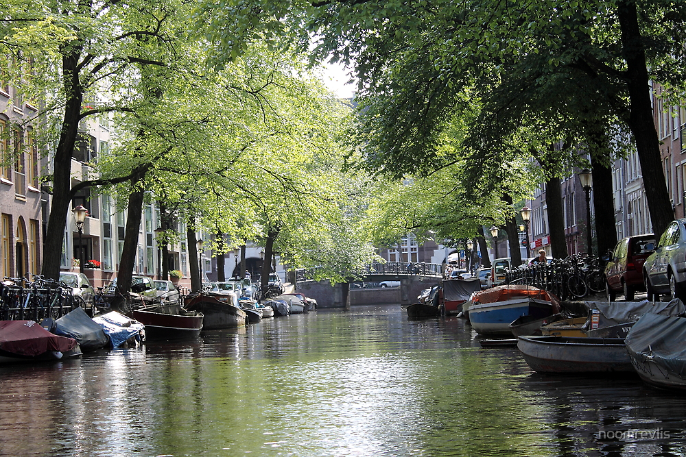 Amsterdam Canals by noomrevlis