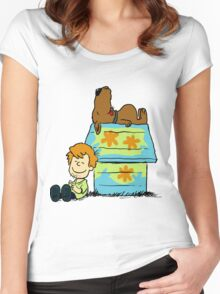 Scooby Doo Peanuts Women's Fitted Scoop T-Shirt