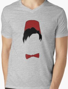 Eleventh doctor fez and bowtie Mens V-Neck T-Shirt