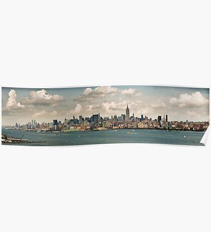 Panorama of manhattan skyline in new york city Poster