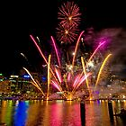 Darling Harbour fireworks, Sydney by Erik Schlogl