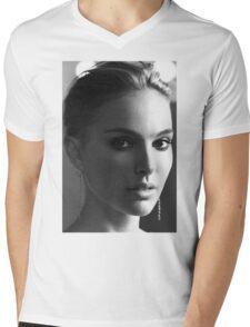Natalie Portman Mens V-Neck T-Shirt
