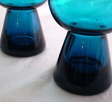 Mid-Century Modern Teal Blue Glass by CandyApplCrafts