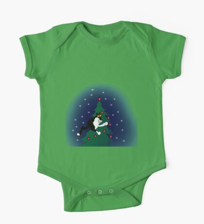 Xmas mischief: for the love of trees! One Piece - Short Sleeve