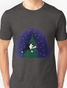 Xmas mischief: for the love of trees! T-Shirt