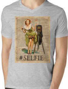 Pin Up Girl Making #selfie Vintage Dictionary Art Mens V-Neck T-Shirt