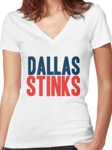 New York Giants - Dallas stinks -  Women's Fitted V-Neck T-Shirt