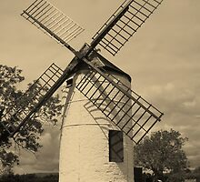 Ashton Windmill by lezvee