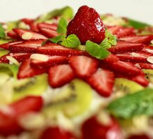 strawberry Tart  by mrivserg
