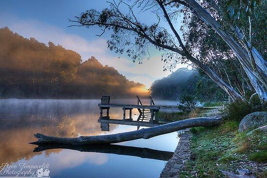 Lake Catani by djzontheball