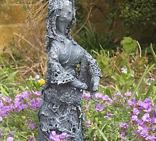 Delores - Fabric-wrapped garden sculpture by ComfyFrog