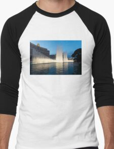 Crescendo - the Glorious Fountains at Bellagio, Las Vegas Men's Baseball ¾ T-Shirt