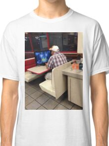 A man plays Demon's Souls in Arbys Classic T-Shirt