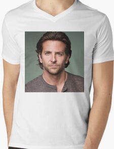 Bradley Cooper Mens V-Neck T-Shirt