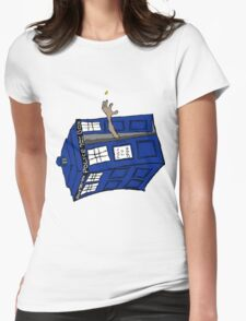 What if Gollum had TARDIS... T-Shirt