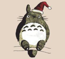 Totoro Christmas by JeeSeeya
