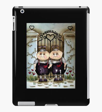Tweedle Dee and Twiddle Dum iPad Case/Skin